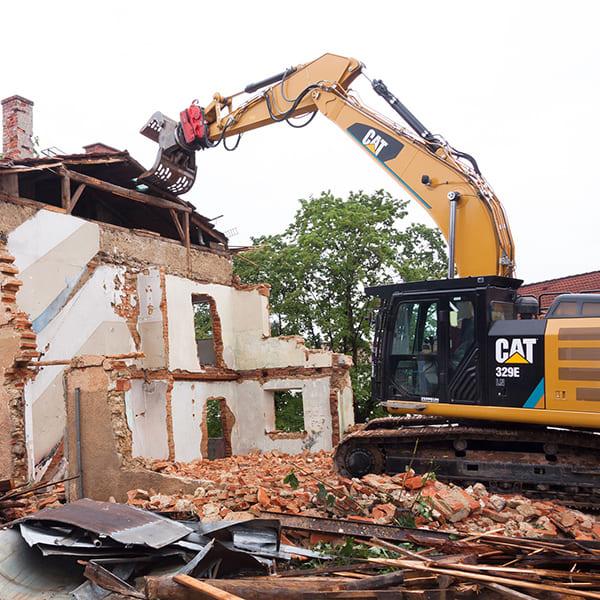 空き家の放置が危険な理由09:行政代執行による強制解体